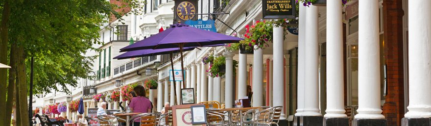Shopping on The Pantiles, Tunbridge Wells